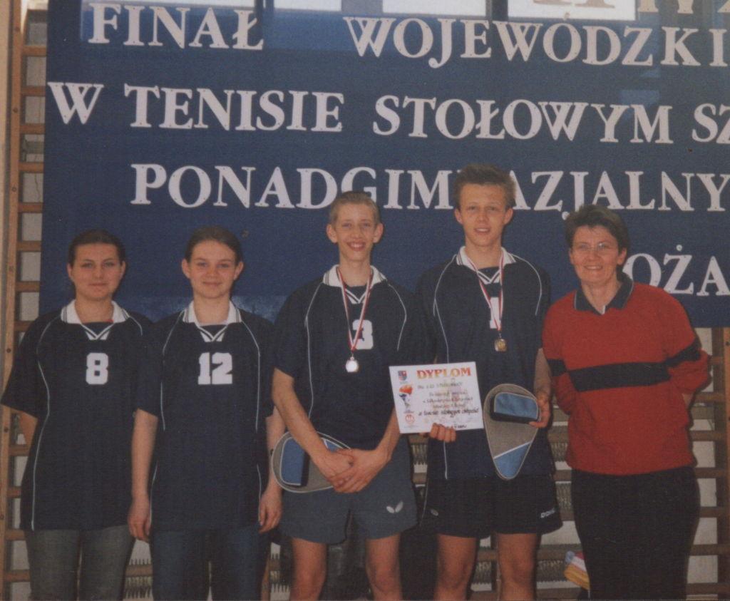 3  2004-2005 woj. drużynowy tenis stołowy j