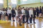 Ślubowanie klas pierwszych - klasa 1c z wychowawcą