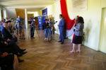 Na zdjęciu: dyrektor szkoły, mgr Ewa Sajór-Ruszczak oraz starosta starachowicki, pan Piotr Babicki